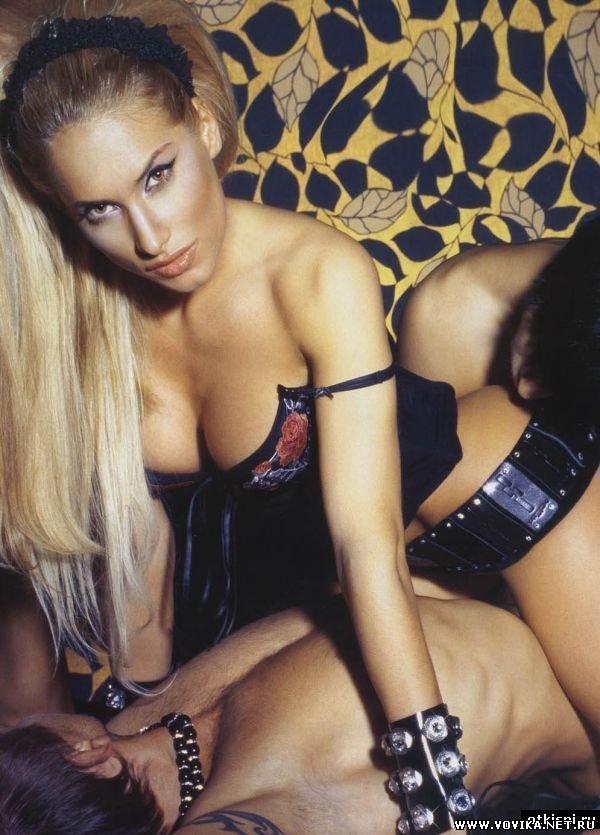 Эротичное фото марики с мтв: http://prontvxd.info/5377-jerotichnoe-foto-mariki-s-mtv.html